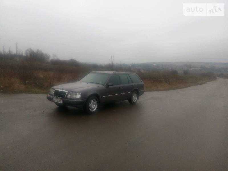 Mercedes-Benz 230 1993 в Перемышлянах