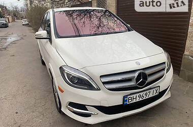Mercedes-Benz B 250 2016 в Одессе