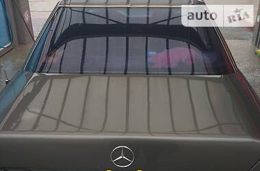 Mercedes-Benz C 200 1989 в Тернополе