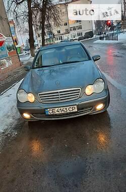 Mercedes-Benz C 220 2004 в Черновцах