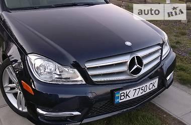 Mercedes-Benz C 300 2012 в Остроге