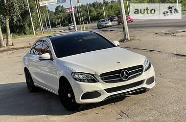 Седан Mercedes-Benz C 300 2015 в Харькове