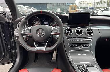 Седан Mercedes-Benz C 63 AMG 2015 в Киеве