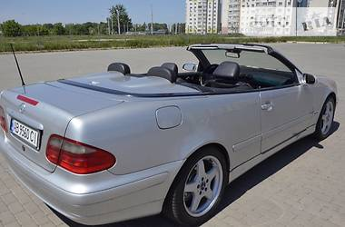 Mercedes-Benz CLK 200 2001