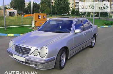 Mercedes-Benz E 200 2001