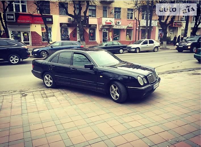 Mercedes-Benz E 200 1997 в Виннице