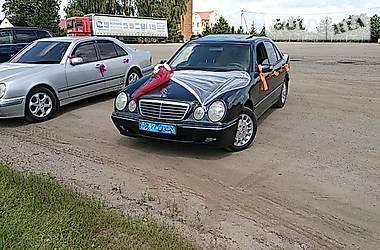 Mercedes-Benz E 200 2001 в Киеве