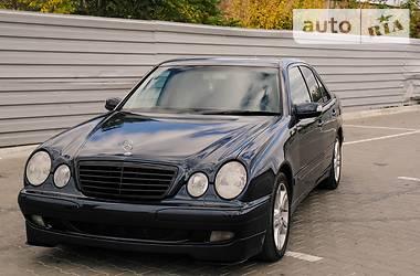 Mercedes-Benz E 200 2000 в Херсоне