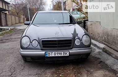 Mercedes-Benz E 200 1997 в Днепре