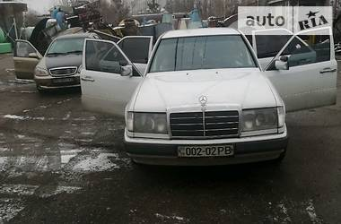 Mercedes-Benz E 200 1989 в Житомире