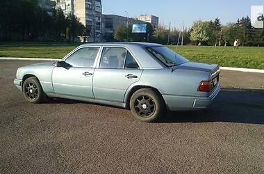 Mercedes-Benz E 200 1987 в Ровно