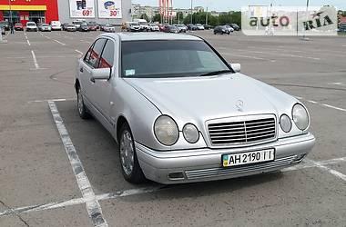 Седан Mercedes-Benz E 200 1997 в Рівному