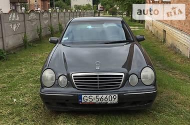 Mercedes-Benz E 220 1999