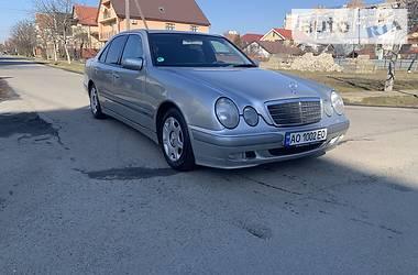 Mercedes-Benz E 220 2002 в Ужгороде