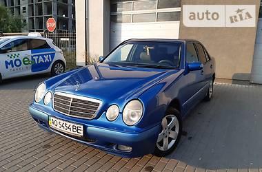 Седан Mercedes-Benz E 220 2001 в Ужгороде