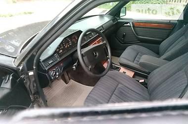 Mercedes-Benz E 230 1990 в Черновцах