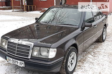 Mercedes-Benz E 230 1990 в Ровно