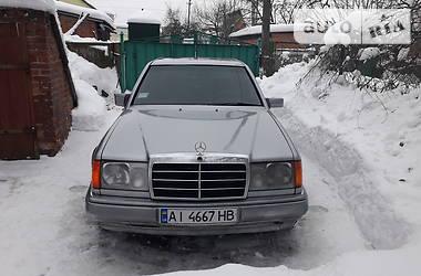 Mercedes-Benz E 230 1985 в Лубнах