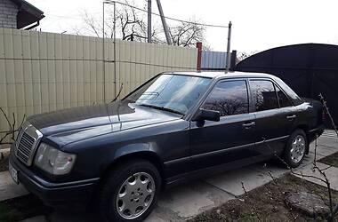 Mercedes-Benz E 230 1988 в Полтаве