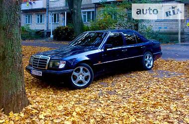 Mercedes-Benz E 230 1986 в Черновцах