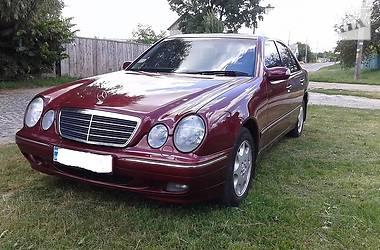 Mercedes-Benz E 240 2001 в Гадяче