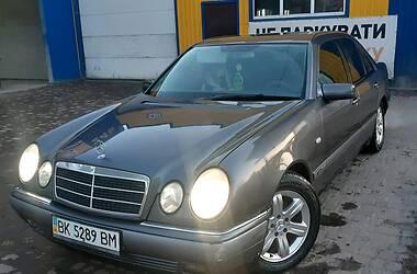 Mercedes-Benz E 240 1999 в Березному