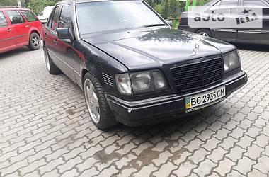 Mercedes-Benz E 250 1993 в Львове