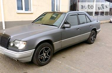 Mercedes-Benz E 250 1993 в Одессе