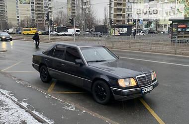 Mercedes-Benz E 250 1992 в Киеве