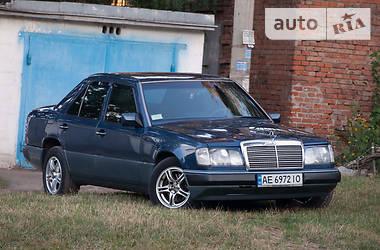 Mercedes-Benz E 260 1992 в Днепре