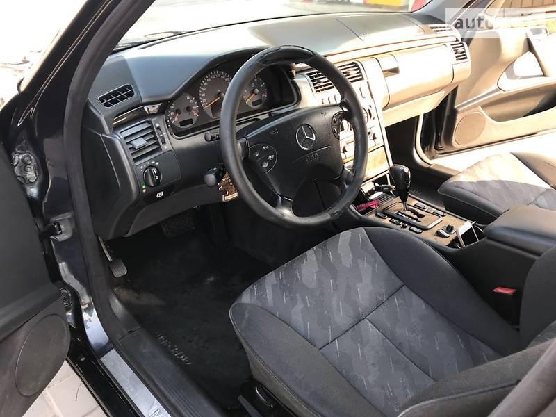 Mercedes-Benz E 270 2001 в Харькове