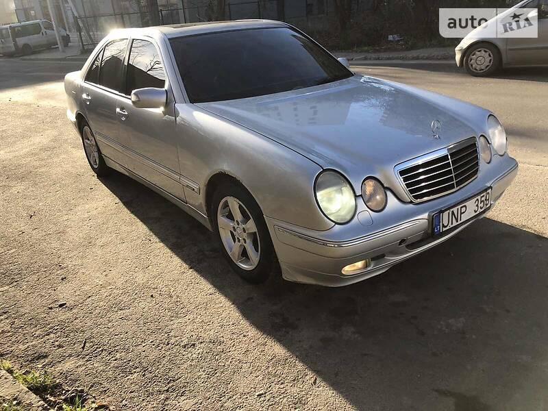 Mercedes-Benz E 270 2001 в Львове