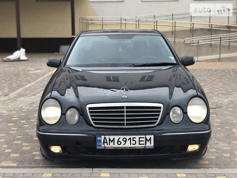 Седан Mercedes-Benz E 270 2000 в Вінниці