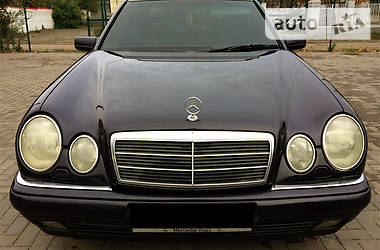 Mercedes-Benz E 280 1998 в Кривом Роге