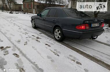 Mercedes-Benz E 300 1999 в Новограде-Волынском