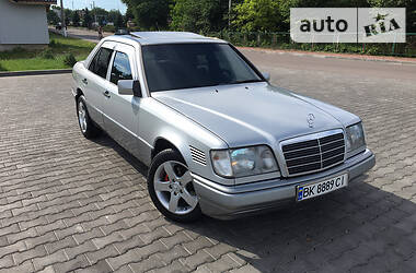 Mercedes-Benz E 300 1994 в Ровно