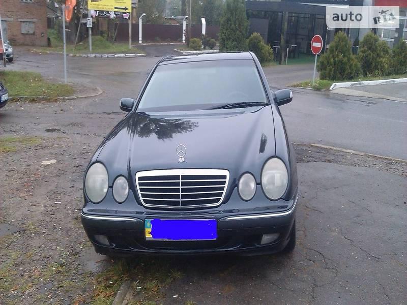 Mercedes E-Class 1999 года в Львове