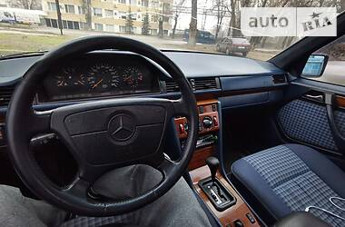 Mercedes-Benz E 320 1993 в Запорожье