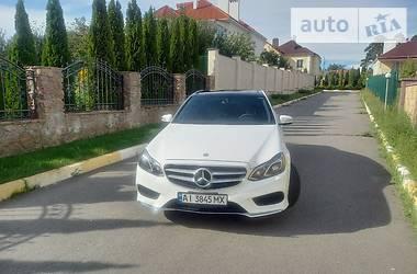 Седан Mercedes-Benz E 400 2014 в Киеве
