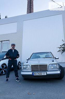 Mercedes-Benz E 420 1994 в Києві