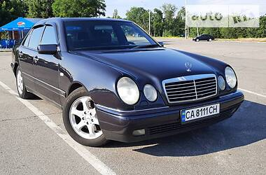 Mercedes-Benz E 430 1999 в Киеве