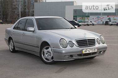 Mercedes-Benz E-Class 2001 в Запорожье