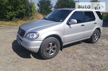 Mercedes-Benz ML 320 2001 в Бучаче