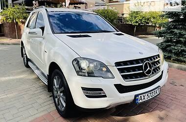 Внедорожник / Кроссовер Mercedes-Benz ML 350 2011 в Харькове