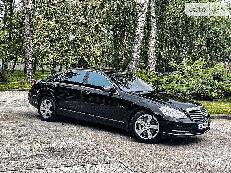 Седан Mercedes-Benz S 500 2012 в Киеве