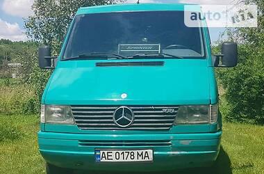 Легковой фургон (до 1,5 т) Mercedes-Benz Sprinter 208 груз.-пасс. 1995 в Днепре
