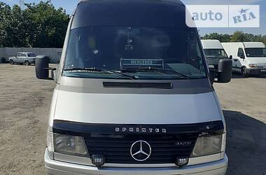 Mercedes-Benz Sprinter 412 пасс. 1998 в Кривом Роге