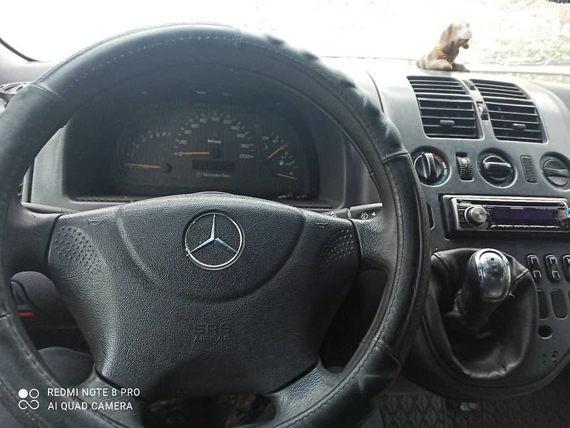 Mercedes-Benz Vito 108