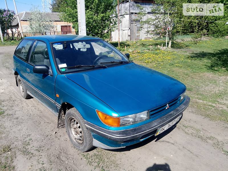 Mitsubishi Colt 1990 в Ровно