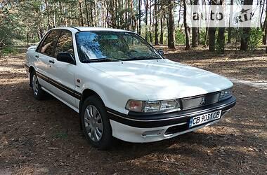Седан Mitsubishi Galant 1988 в Сновске